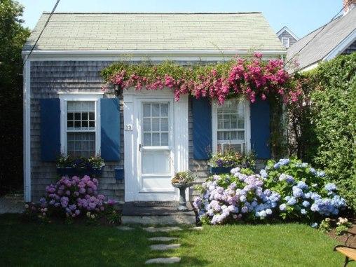 home-away-gardens-4-lgn