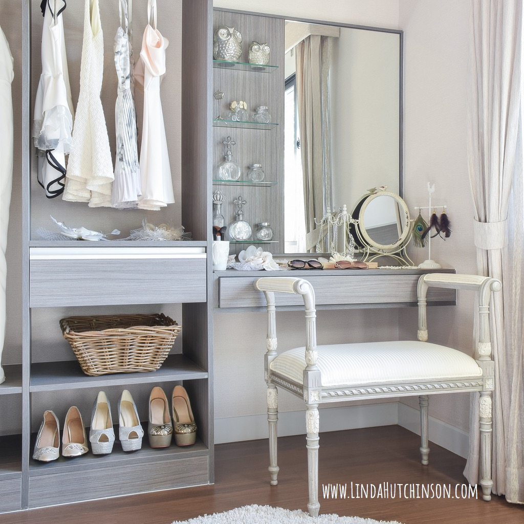 vintage-style-dressing-room-with-classic-white-chair-and-dressing-picture-id825046236.jpg