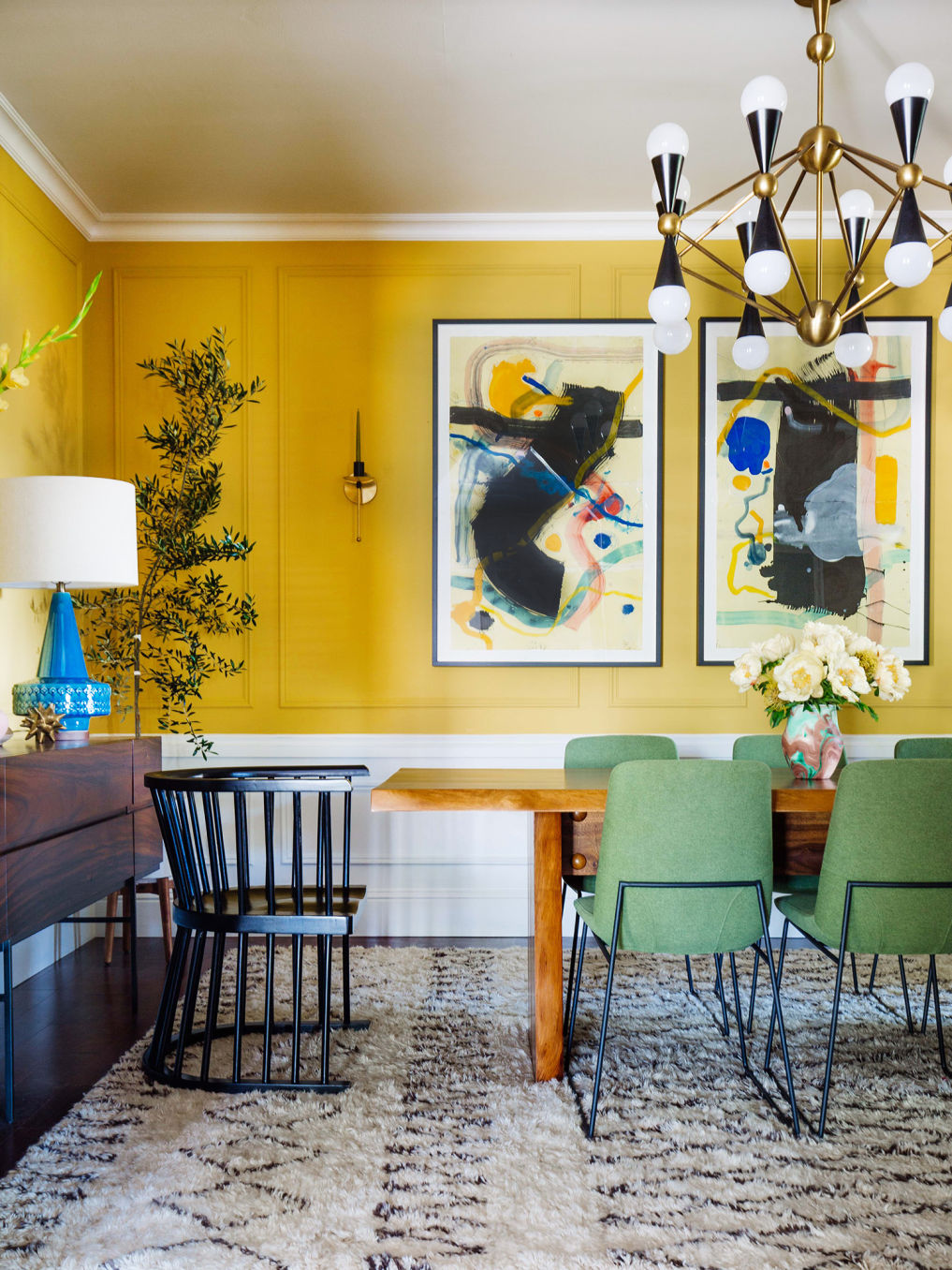 colorful-dining-room-yellow-green.jpg