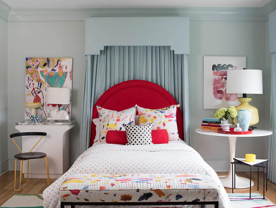 soothing-paint-colors-blue-bedroom-940x710.jpg
